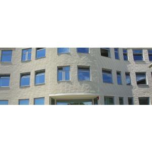 Lomljeni blok fasade
